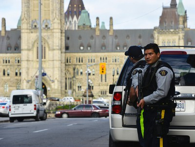 Police have locked down Parliament Hill in Ottawa on Wednesday, Oct. 22, 2014, where a shooting occurred. Matthew Usherwood/ QMI Agency