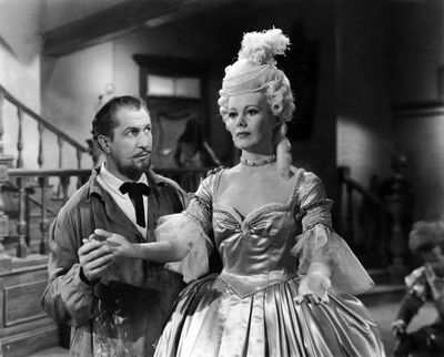 """<b>House of Wax (1953):</b> No early horror list is complete without a Vincent Price title. Andre de Toth featured him as a disfigured and wronged sculptor who goes mad, murdering people for his """"life-like"""" wax museum. The movie was shot in early 3D, a 1950s fad. <br><br> <iframe width="""