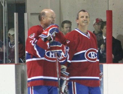 Eleven members of the Montréal Canadiens alumni squad were in Notre-Dame-de-Lourdes on Saturday, October 25 to support a local fundraising effort. (EMILY DISTEFANO/VALLEY LEADER)