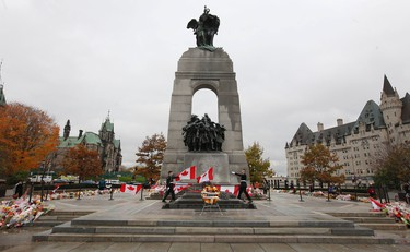 The Royal Canadian Regiment at the National War Monument  in Ottawa Tuesday Oct 28,  2014.   Tony Caldwell/Ottawa Sun/QMI Agency