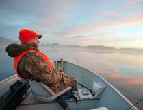 Gord Ellis Sr. sets out for a day on the lake. Frosty mornings and calm sunny days prevailed for the first few days of the hunt.
