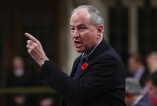Canada's Defence Minister Rob Nicholson speaks during question [eriod in the House of Commons on Parliament Hill in Ottawa November 6, 2014. (REUTERS/Chris Wattie)