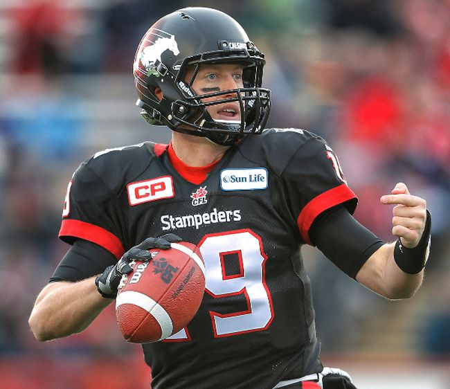 Calgary Stampeders quarterback Bo Levi Mitchell looks downfield during the CFL Western Final in Calgary, Sunday November 23, 2014. (AL CHAREST/QMI Agency)