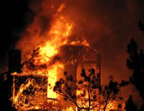 A fire engulfs Gray Rocks Inn near Mont Tremblant, Quebec, Tuesday, Nov. 25, 2014. (PATRICIA DEMERS/QMI Agency)