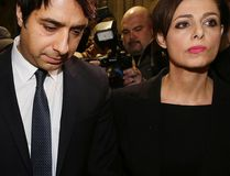 Jian Ghomeshi leaves College Park Court with lawyer Marie Henein after being freed on bail on Wednesday, November 26, 2014. (Craig Robertson/Toronto Sun)