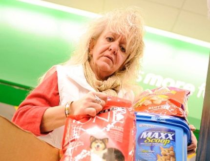 Animal advocate Sandi Fettes is encouraging the public to donate food and other pet items so the needy can keep their cats and dogs. (DANIEL R. PEARCE Simcoe Reformer)