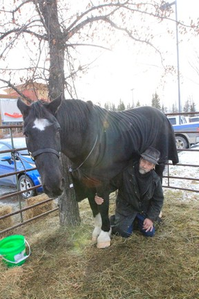 The Alberta Outlaw and his horse Drifter rest at a local restaurant in Drayton Valley as they make their way to the U.S. to raise awareness for mental illness.