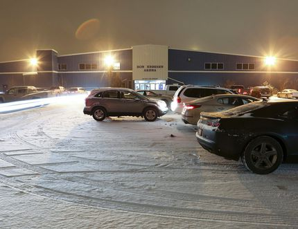 Airdrie, Alta. - Shortly after 10 p.m., the parking lot at Ron Ebbesen Arena is still a busy place on Thursday, Nov. 27, 2014. BRITTON LEDINGHAM / AIRDRIE ECHO / QMI AGENCY