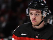 Max Domi back on dad's old Leafs stomping ground