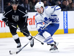 Los Angeles Kings' Jordan Nolan tries to stay tight with Maple Leafs' Phil Kessel on Jan. 12. (USA Today Sports)