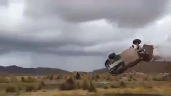 Calgary racer Matt Campbell survived a crash at the Dakar Rally in South America on Saturday. (YouTube)