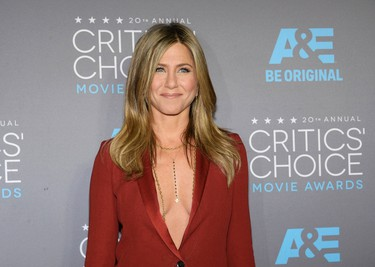 Actress Jennifer Aniston arrives at the 20th Annual Critics' Choice Movie Awards in Los Angeles, California January 15, 2015.  REUTERS/Kevork Djansezian