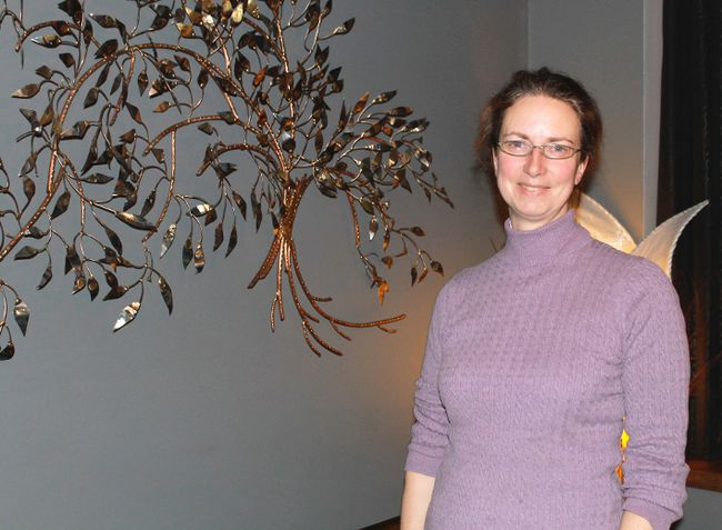 Urban forestry planner Sara Rowland spoke to Green Drinks Sarnia about the economic value of trees on Jan. 14 at the Limbo Lounge. Rowland spoke about the many monetary and health benefits brought about by planting trees. CARL HNATYSHYN/SARNIA THIS WEEK/QMI AGENCY