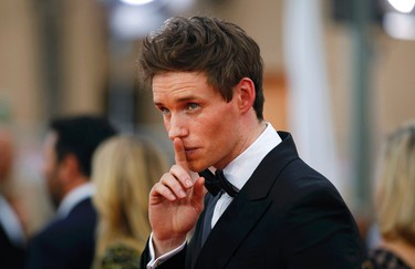 """Actor Eddie Redmayne of the film """"The Theory of Everything"""" poses on arrival at the 21st annual Screen Actors Guild Awards in Los Angeles, California January 25, 2015.  REUTERS/Mike Blake"""