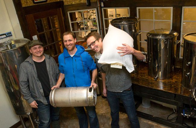 Craft brewers showcase local grains | The London Free Press