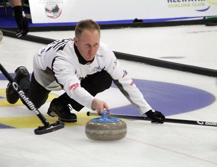 Brad Jacobs during the opening draw of the Travelers Northern Ontario Men's Provincial Curling Championship in Kenora. BRANDON LOGAN/Daily Miner and News