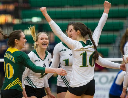 The Pandas split their weekend games, earning them a silver medal in the Canada West division.