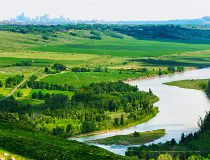 Glenbow Ranch Park Foundation trail between Calgary and Cochrane