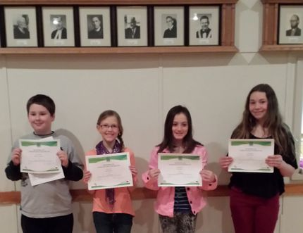 Gladstone 4-H Handi-Workers Club members presented speeches and visual presentations during the club's communications evening in the Annex of the Gladstone United Church on Feb. 25. (Submitted photo)