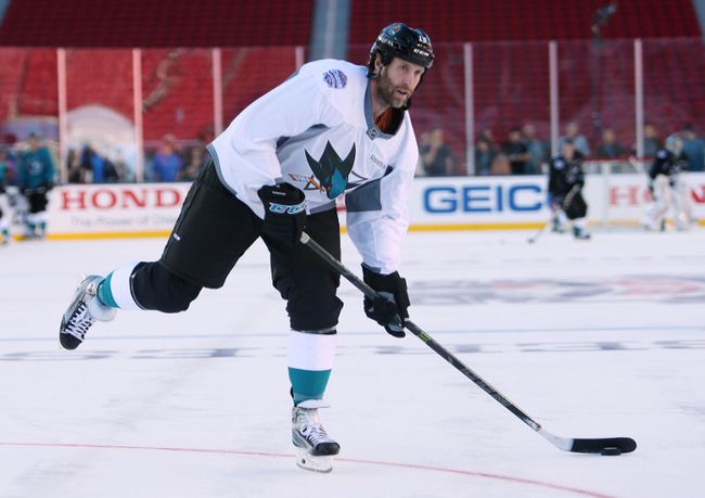Sharks centre Joe Thornton didn't take kindly to comments made by general manager Doug Wilson about losing his captaincy. (Jerry Lai/USA TODAY Sports/Files)