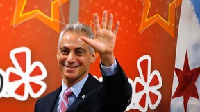 Chicago's Mayor Rahm Emanuel attends an opening ceremony for the Yelp Inc. offices in Chicago, Illinois, March 5, 2015.  REUTERS/Jim Young