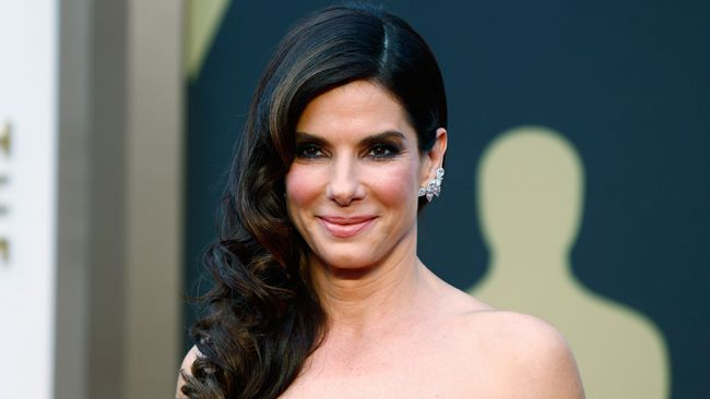 Sandra Bullock was named People magazine's 2015 most beautiful woman. While the actress and proud mom said she laughed the title off, we didn't find the honour too surprising.<BR><BR>Here are 20 photos of the most beautiful woman.