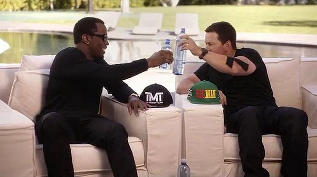 Sean 'Diddy' Combs and Mark Wahlberg make a bet on the highly-anticipated big fight between Floyd Mayweather, Jr. and Manny Pacquiao via Instagram.