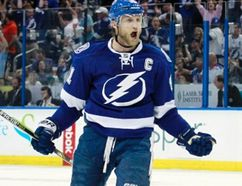 Lightning centre Steven Stamkos (left) celebrates after scoring a goal against the Rangers during second period action in Game 4 of the Eastern Conference final in Tampa, Fla. on May 22, 2015. (Kim Klement/USA TODAY Sports)