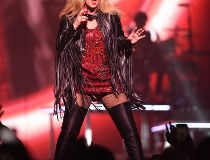 Shania Twain performs at Rexall Place on Thursday June 11, 2015
