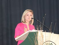 Jill Morgan, the latest inductee into the Wall of Fame, spoke to the Class of 2015 at MUCC on Monday, June 29.