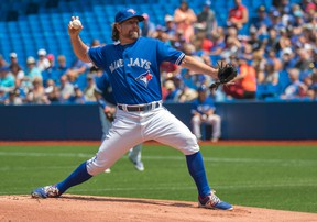R.A. Dickey went six solid innings on Saturday against the Rays, only to receive a no-decision after leaving the game with a 2-1 lead. (USA Today Sports)