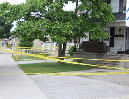 Police remained on the scene at an Ontario Street home on Saturday in Sarnia. (NEIL BOWEN, The Observer)