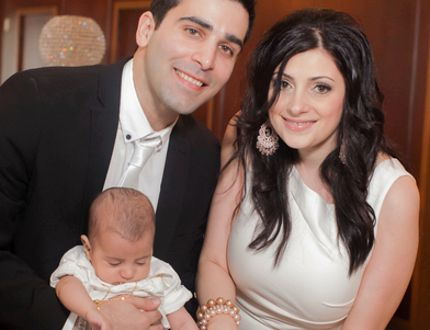 Centrepoint IDA Pharmacy co-owners Lamar Hanna and his wife Jessica are hosting a blood type testing event Aug. 14. They're pictured with their son Christopher. Handout/Sarnia Observer/Postmedia Network