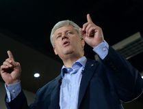 Conservative leader Stephen Harper makes a campaign stop in Montreal on Tuesday, August 25, 2015. (The Canadian Press)