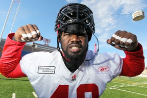Former Calgary Stampeders defensive end Shawn Lemon has agreed to a contract with the Ottawa RedBlacks. (Postmedia Network Files)