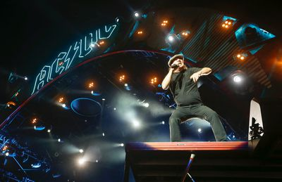 Brian Johnson of AC/DC gets the crowd going at Downsview Park to over 40,000 fans during their Rock or Bust World Tour in Toronto, Ont. on Thursday September 10, 2015. Jack Boland/Toronto Sun/Postmedia Network