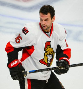 Clarke MacArthur did not skate with the Senators Monday as he recovers from another concussion. (Ottawa Sun Files)