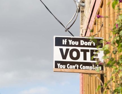 """A property owned by former MPP Steve Peters is sporting a sign that reads, """"If you don't vote, you can't complain,"""" in St. Thomas. (Free Press file photo)"""