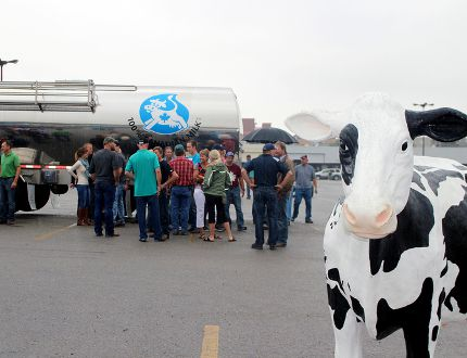 Oxford County dairy farmers rally in late September to support Canada's supply management system and oppose the Trans-Pacific Partnership. (Woodstock Sentinel-Review)