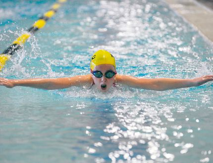 Norfolk Hammerhead Hannah Ward takes part in the Norfolk County Fair Swim Meet Saturday at the Annaleise Carr Aquatic Centre in Simcoe. The Hammerheads scheduled a small meet of nearly 50 swimmers to unofficially kick off their competitive season. (JACOB ROBINSON Simcoe Reformer)