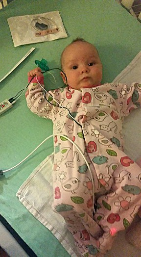 Naomi Murray's daughter Phoenix during the infant's battle with whooping cough at Children's Hospital in Winnipeg. The Winkler mom who was once among the anti-vaxxers is now speaking out on the need to vaccinate. (HANDOUT)