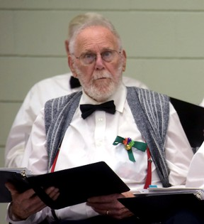 Ross Andrews, Tillsonburg Senior Centre Singers (CHRIS ABBOTT/TILLSONBURG NEWS)