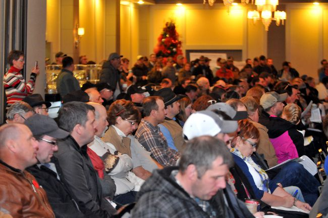 A large crowd of area farmers and ranchers listen closely as they are taken through some of the finer details of the proposed Bill 6 on Thursday November 26, 2015 at the Pomeroy Hotel and Conference Centre in Grande Prairie, Alta. If approved, the bill would extend would extend workplace legislation to include farms and ranches. Jocelyn Turner/Grande Prairie Daily Herald-Tribune/Postmedia Network