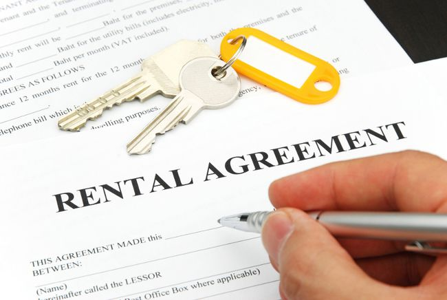 Renters are encouraged to check out landlord database before signing a lease.