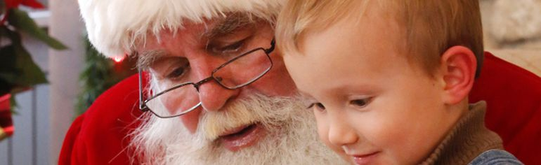 Santa Claus will make a number of appearances during Gimli's Rediscover Christmas Nov. 27 & 28. (File photo)