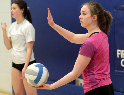 Grade 10 setter Robyn Armstrong, right, and Andi Schryburt, left, are among the key young incoming players that will add to an already experienced TH&VS Sr. Blues girls volleyball team. TH&VS gets set to host the 2015 Earlybird Girls Volleyball Tournament this Friday and Saturday. BENJAMIN AUBÉ/The Daily Press