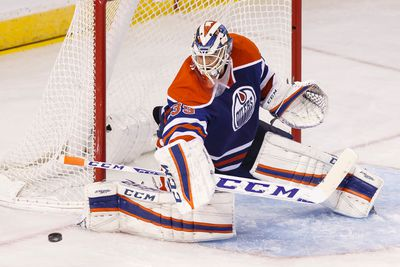 Edmonton goaltender Anders Nilsson (39) makes a save during the second period of a NHL game between the Edmonton Oilers and the San Jose Sharks at Rexall Place in Edmonton, Alta. on Wednesday December 9, 2015. Ian Kucerak/Edmonton Sun/Postmedia Network