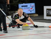 Skip Brad Jacobs of Team Jacobs shoots the rock during the men's final of the 2016 Pinty's All-Star Curling Skins Game at the Fenlands Recreation Centre in Banff, Alta., on Sunday, Jan. 10, 2016. (Daniel Katz/ Crag & Canyon/ Postmedia Network)
