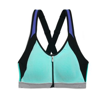 <B>Models:</b> Adriana Lima, Gracie Carvalho, Elsa Hosk, Sigrid Agren, Martha Hunt<BR> <B>Workout:</b> Boxing, Muay Thai, Running<BR> <B>Bra:</b>  Knockout Front Close Sport Bra - A bra-within-a-bra for maximum support, it has a front zip with structured cups that clip together for easy on, easy off and no bounce.