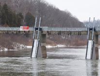 Water flows through the Springbank Dam in Springbank Park. (CRAIG GLOVER, The London Free Press)